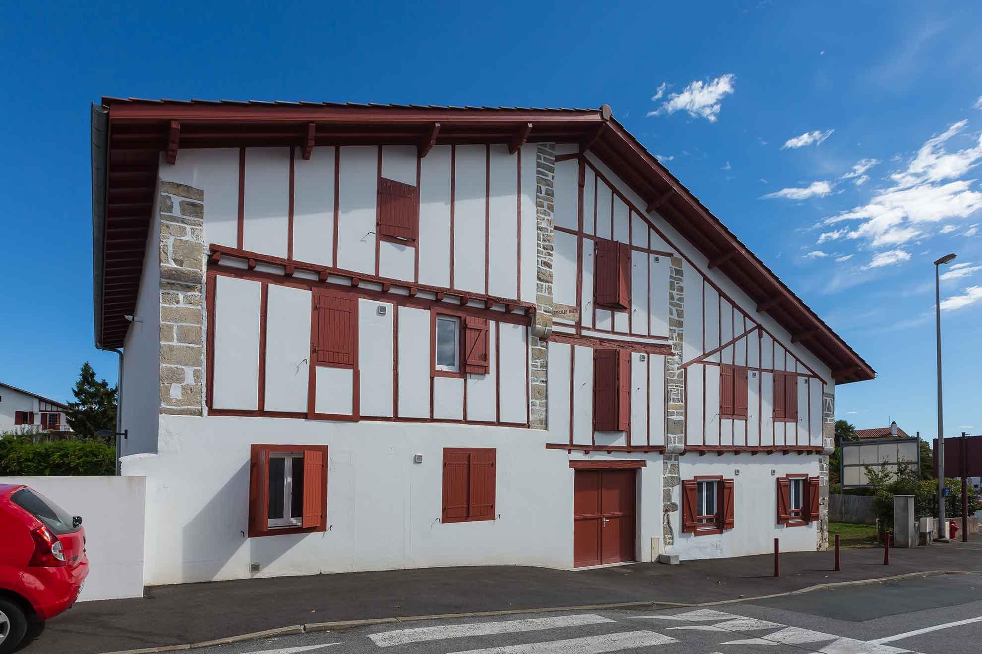 Zubieta-Kafartenea-renovation-urrugne-logement-collectif