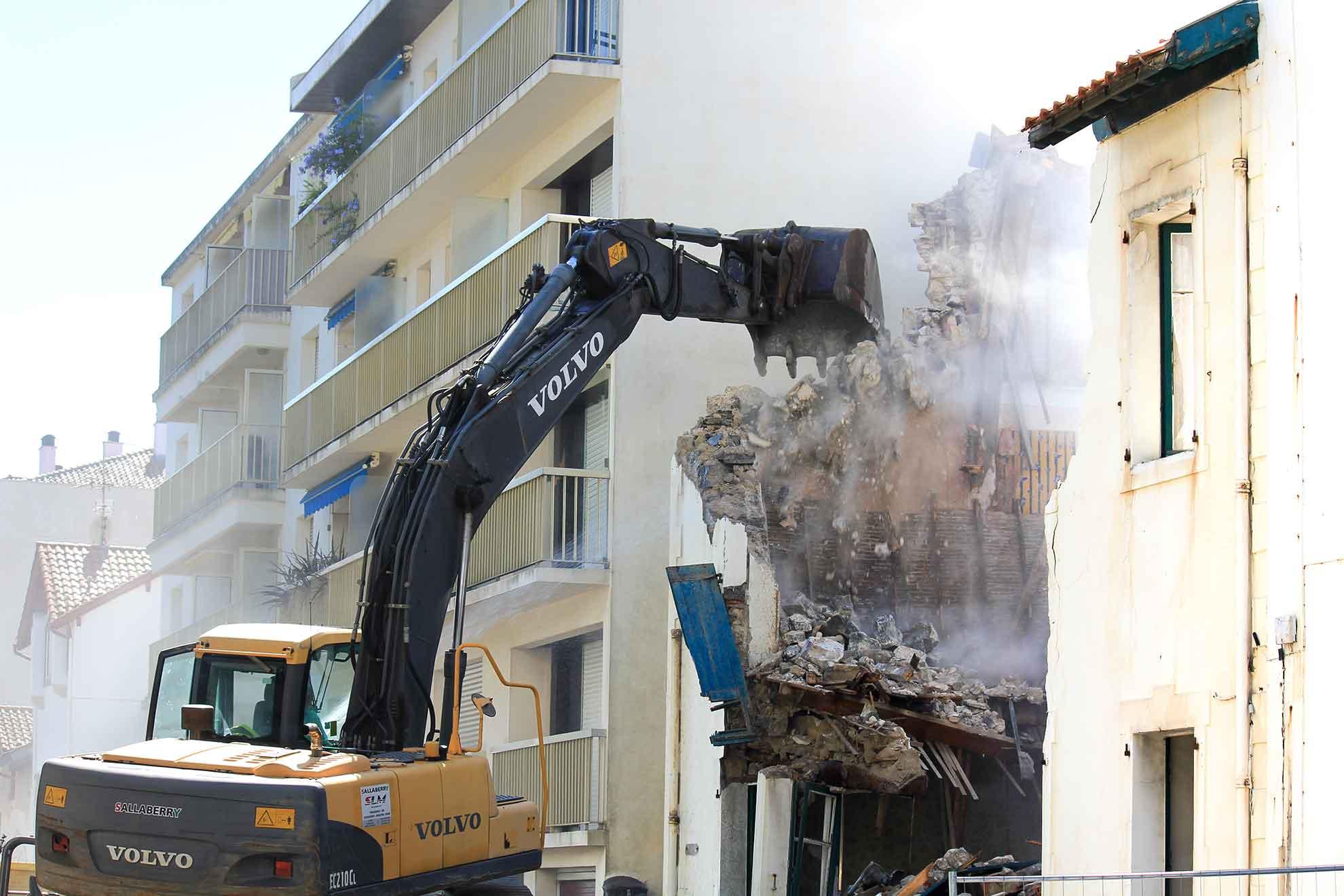 bihotza-zubieta-destruction-saintjeandeluz
